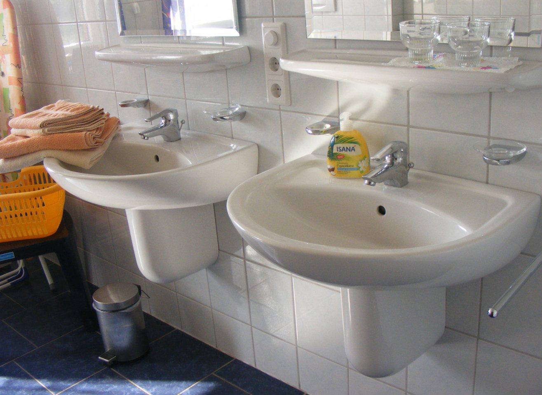 Badezimmer2. 2 Waschbecken Im Bad